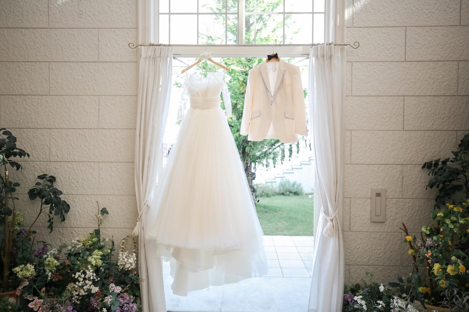 できるだけ安く結婚式を挙げたい!