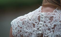 「体型別ドレス選び」